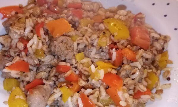 Nuova ricetta: Riso, cereali e semi con peperoni e salsiccia fresca🤤😋😉😊